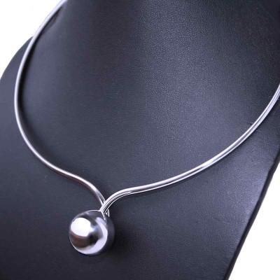 Ocelový Náhrdelník - Pružná obruč s Koulí / Resilient hoop (70075)
