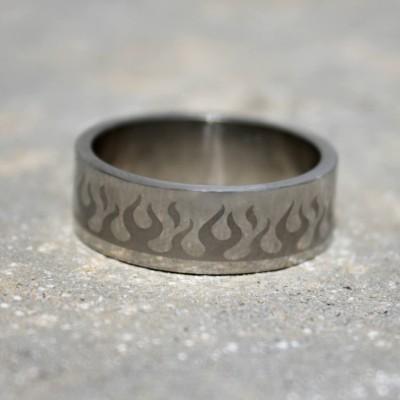 Ocelový prsten Flames I.