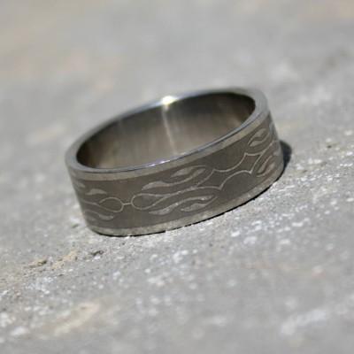 Ocelový prsten Ornament 001