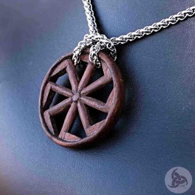 Ocelový náhrdelník - Přívěsek Kolovrat (Ziricote dřevo) 01 + Řetízek Celtic