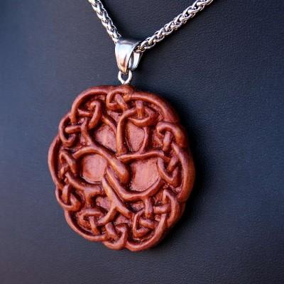 Ocelový náhrdelník - Strom Yggdrasil / Červený Cedr / Řetízek Celtic